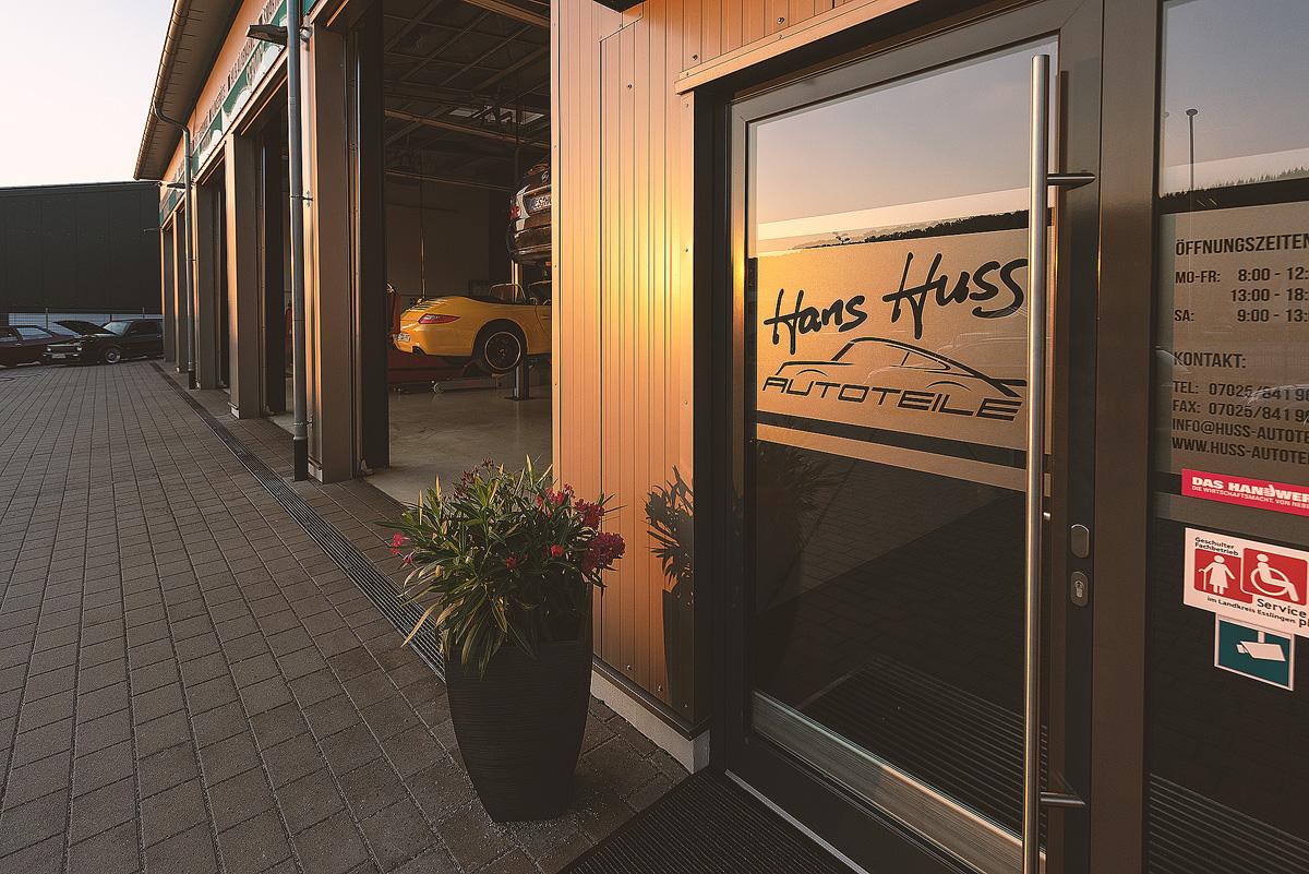 Eingang Hans Huss Autoservice